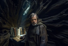 EventGalleryImage_Star-Wars_3A-The-Last-Jedi-3064364.jpg