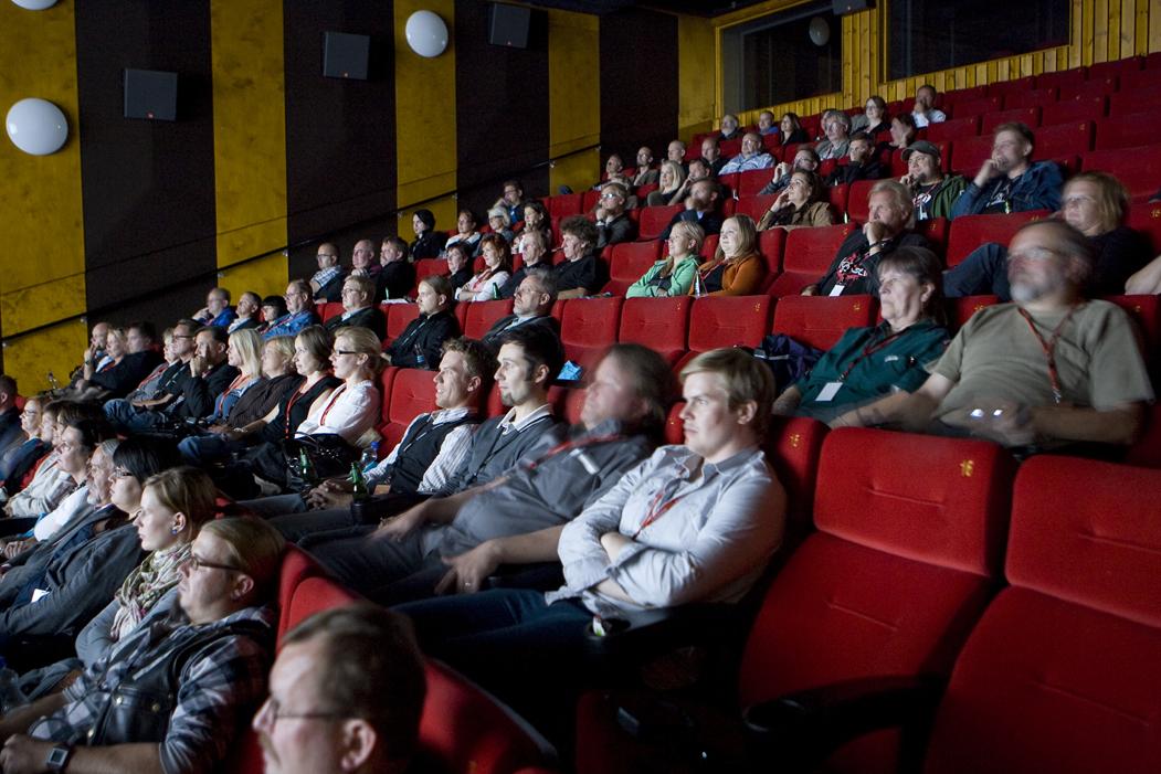 Oma elokuvaesitys - Elokuvateatterikeskus Tapio - Savonkinot Oy